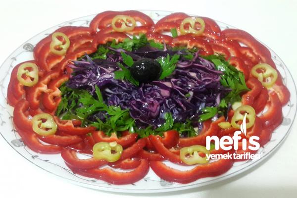 Çiçek Salata Tarifi