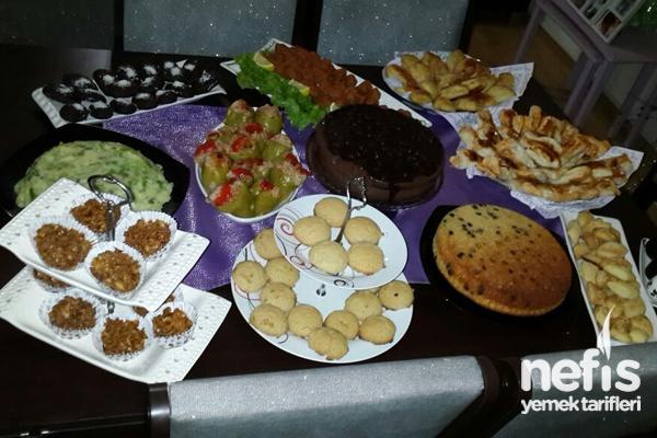 Eşimin İş Arkadaşlarına Akşam Çayı Tarifi