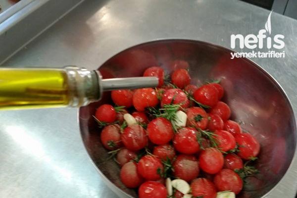 Fırınlanmış Mevsim Sebzeleri Ve Cherry Domatesler 1