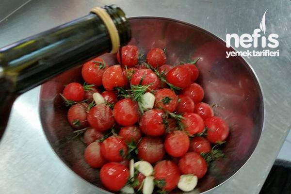 Fırınlanmış Mevsim Sebzeleri Ve Cherry Domatesler 2