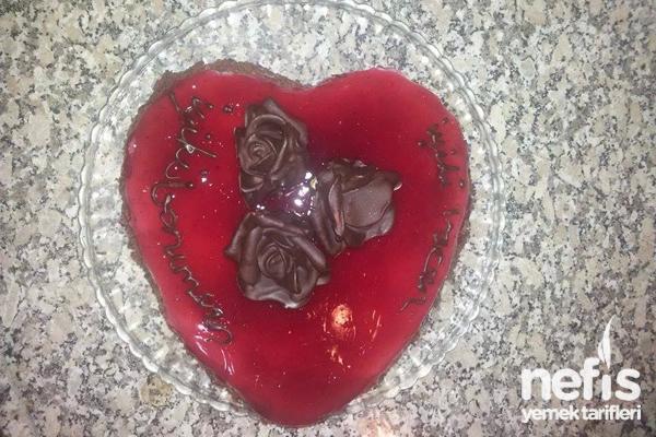 İçi Dolu Aşk Pastam Tarifi
