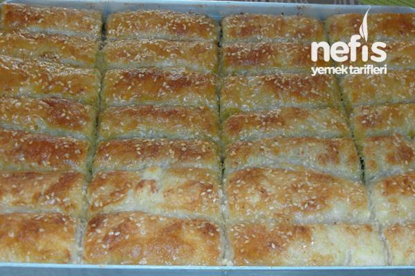 Ispanaklı Börek (Baklavalık Yufkadan)