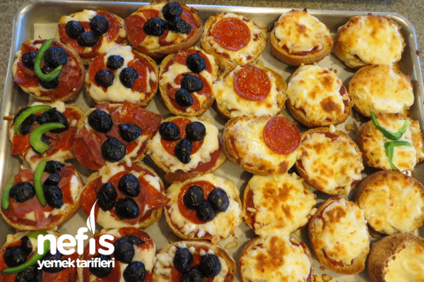 Kepekli Sandviç Ekmeğinde Pizzacıklar 4