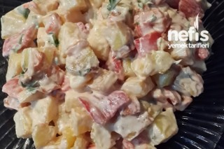 Labneli Kızarmış Patates Salatası Tarifi