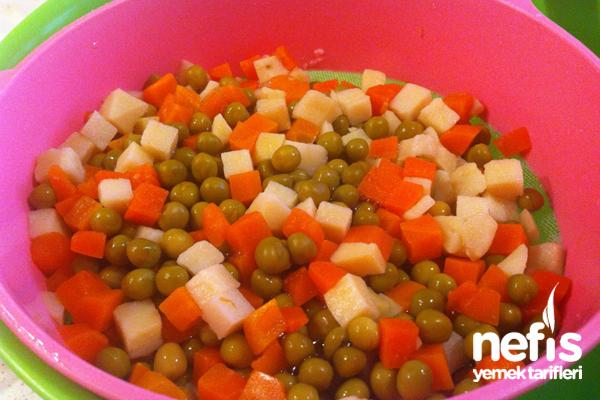 Makarna Salatası Nasıl Yapılır? 2