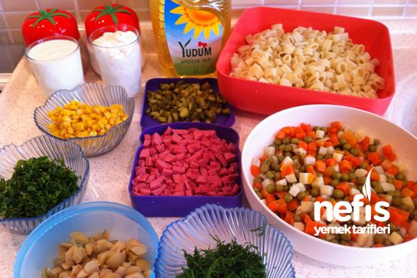 Makarna Salatası Nasıl Yapılır? 4