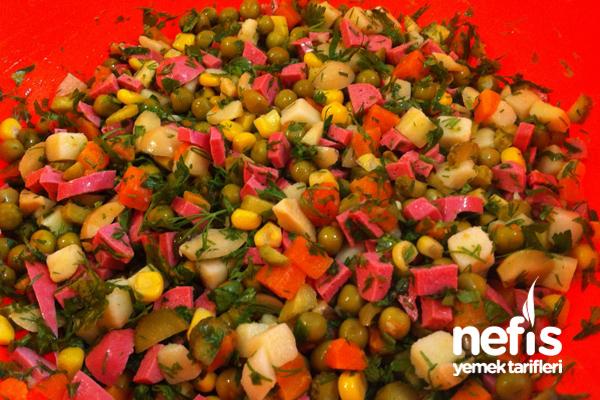 Makarna Salatası Nasıl Yapılır? 6