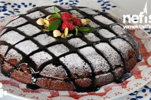 Tavada Kakaolu Yaş Pasta Tarifi