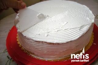 Labneli Kayısılı Pasta Tarifi