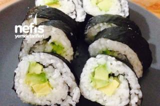 Avokado Roll Sushi Tarifi
