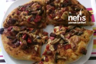Çabuk Pizza Tarifi