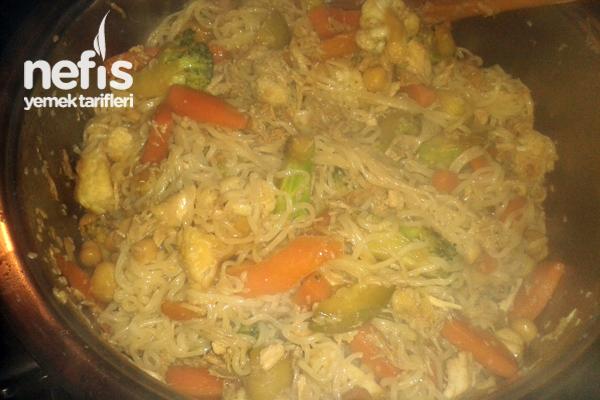 Çin Makarnası (noodles) Tarifi