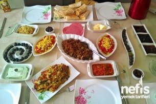 Kahvaltıda Misafir Tarifi