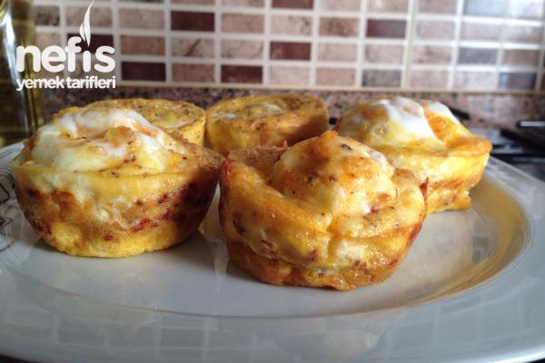 Kahvaltılık Muffin Yapımı Tarifi