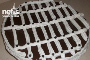 Kakaolu Yaş Pasta Yapımı Tarifi
