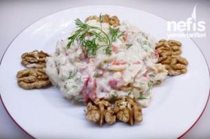 Kırmızı Biberli Kereviz Salatası Tarifi