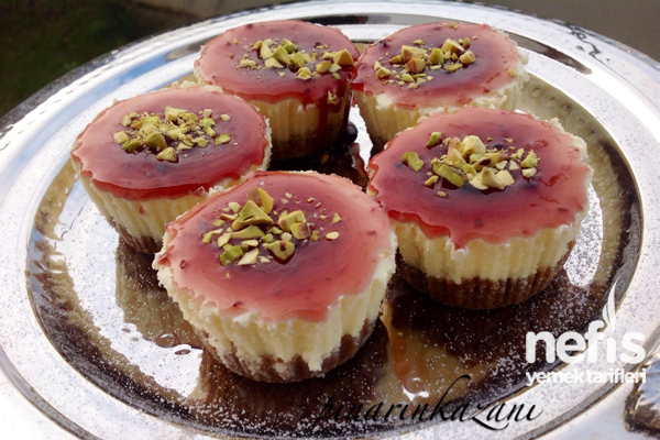 Meyveli Mini Cheesecake Tarifi