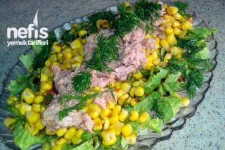 Mısırlı Ton Balıklı Salata Tarifi