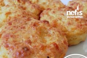 Peynirli Ve Sarımsaklı Muffin 1