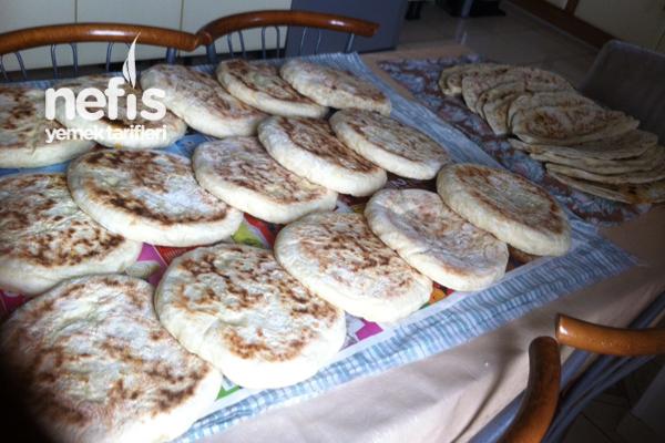 Sacda Pırasalı Ekmek ve Bazlama (Kayseri Usulü) Tarifi