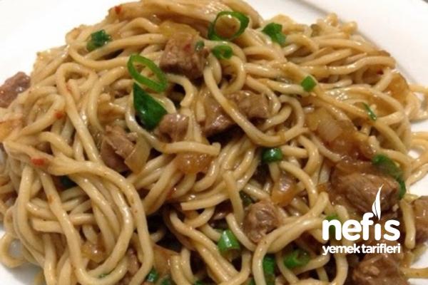 Szechuan Usulü Biftekli Noodle Tarifi