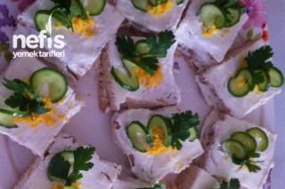 Yoğurtlu Etimek Salatası Tarifi