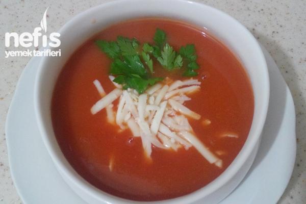 Kolay Domates Çorbası Tarifi - Nefis Yemek Tarifleri