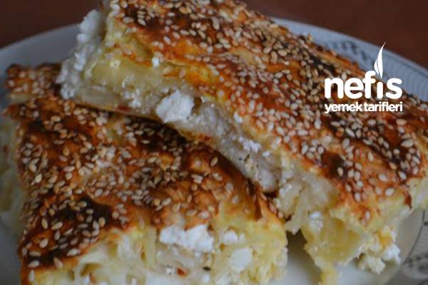 İşte Pratik Peynirli Böreğimiz Tarifi