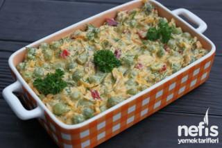Bezelyeli Havuç Salatası (videolu) Tarifi