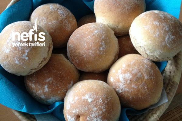 Brötchen(Kahvaltı Ekmekleri) Tarifi