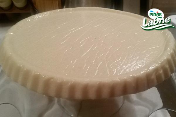Labneli İrmik Pastası Tarifi