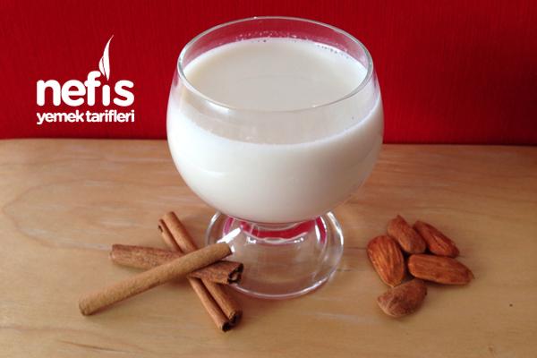 Badem Sütü Nasıl Elde Edilir Tarifi