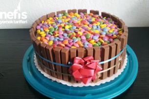 Hazır Pandispanyadan Kit Kat Ve Bonibonlu Pasta ( Torte) Tarifi