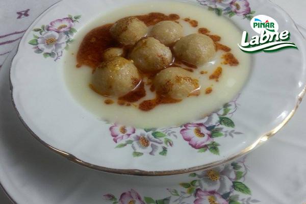 Labne Köfteli Çorba 3