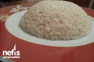 Pirinç Pilavı (Süt Kremalı) Tarifi