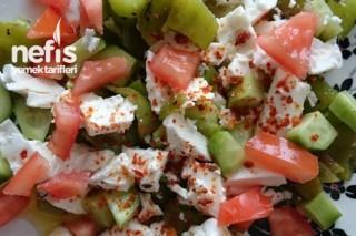Kahvaltı Salatası Yapımı Tarifi