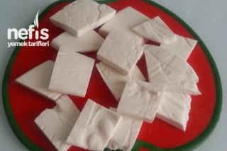 Hellim Peyniri Yapımı Tarifi
