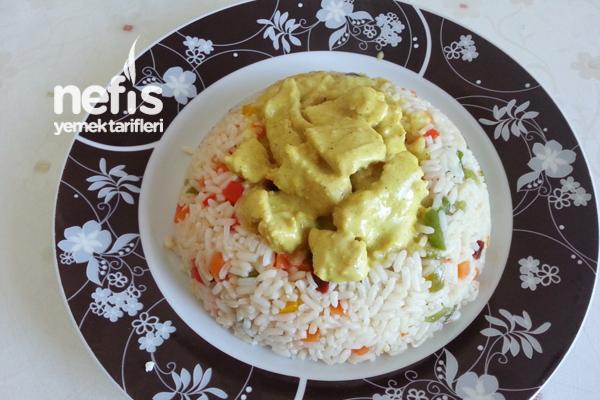 Curry Soslu Tavuk Göğsü Tarifi