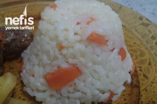 Havuçlu Pirinç Pilavı Tarifi