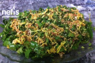 Soslu Roka Salatası Tarifi