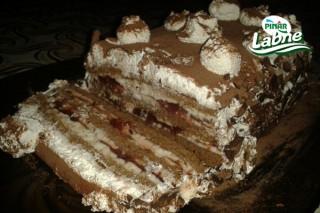 Çilek Reçelli Pasta Tarifi