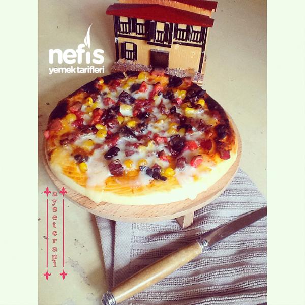 Ev Yapımı Pizza 1