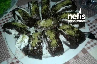 Bayat Keklerden Pasta Yapımı Tarifi