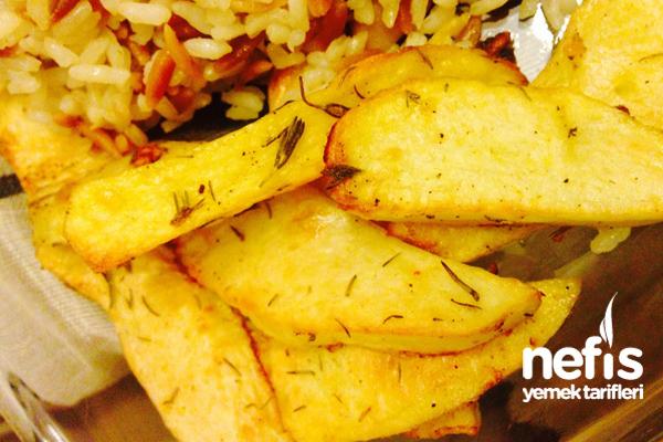 Fırında Sarmısaklı Patates Kızartması Tarifi