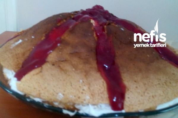 Pandispanyalı Yanardağ Pasta (Pandispanya Tarifiyle) 1