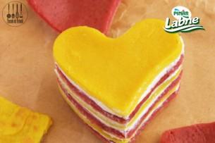 İki Renkli Peynirli Krep Tarifi