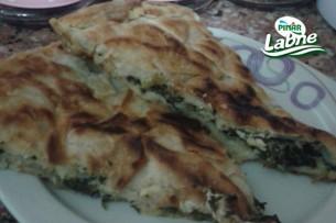 Labneli Ispanaklı Nefis Tava Böreği Tarifi