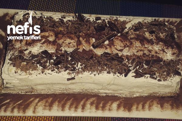 Pastacı Kremalı Cevizli Çikolatalı Pasta