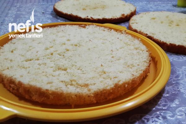 Üç Katlı Yaş Pasta 1