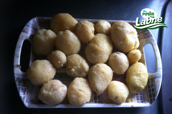 Borek Tadında Patatesten Dilim Ekmekler 2